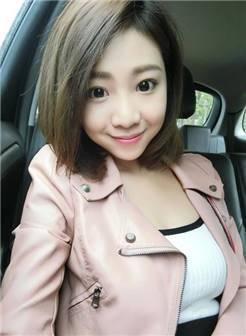 台湾短发萌妹林舒舒自拍生活照