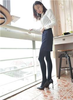 少妇性感美女制服短裙高跟丝袜写真