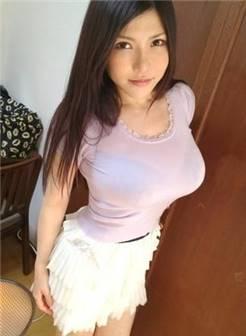 日知名女优西野翔扮猫楚楚可怜