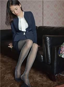 性感办公室制服美女荧光黑色丝袜 - 高跟控