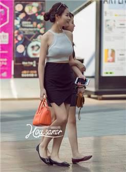 路人街拍: 北京女孩, 穿衣开放程度, 不输国外, 不愧是帝都