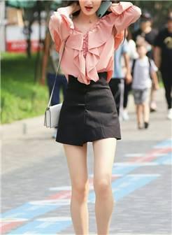 魅力街拍:街上穿裙的女孩都那么好看,眼睛要忙不过来了!
