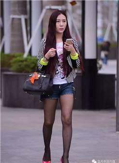 幸福中国街拍:有明星气质的黑丝袜美女