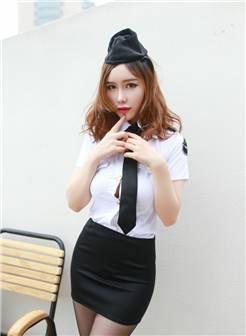 少妇警察制服大胆丰满巨乳制服诱惑写真