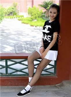 【布鞋情怀】穿一带式布鞋的美女丝袜秀腿a