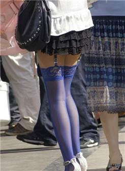 街拍蓝丝袜