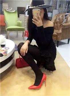 高跟鞋丝袜是每个女人的性感,妩媚,淑女必备武器