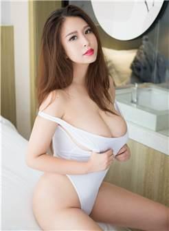 丰满巨乳美女人体艺术激情诱惑美女图片