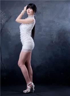 韩国长腿美女浴室内熟女风情诱惑私房照