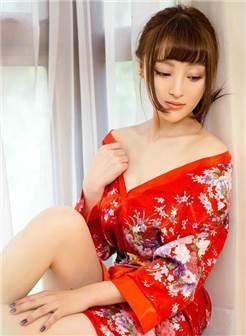 妖娆美女和服爆乳火辣诱人销魂写真