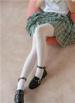 学生妹美足丝袜 森萝财团 beta-023 美腿少女光溜溜