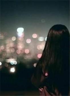 牛仔裤女人夜景背影 美女背影夜景