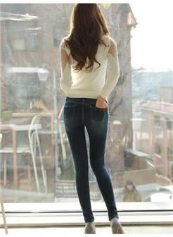 长腿牛仔裤美女背影
