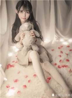 jk私影:白丝校服,制服绝对领域,布娃娃是永远的少女心