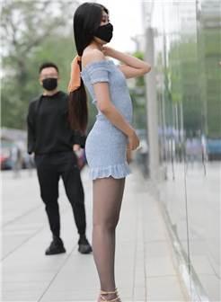 iess丝享家街拍:亭亭玉立,身材高挑的美腿性感美女