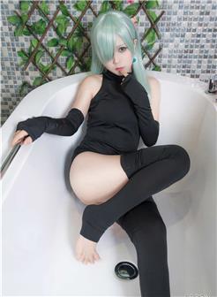 白金saki浴室死库水系列写真集