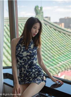 轰趴猫白金刊 十七期梦心月超短旗袍撕袜写真集