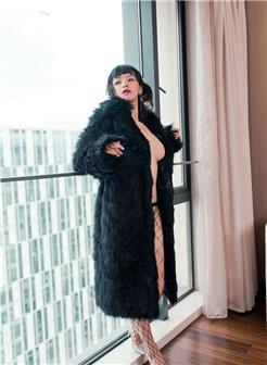 非常诱惑的黑色丝网漂亮美女私房照片