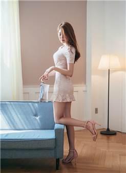 美女少妇酒店性感撩人写真图片