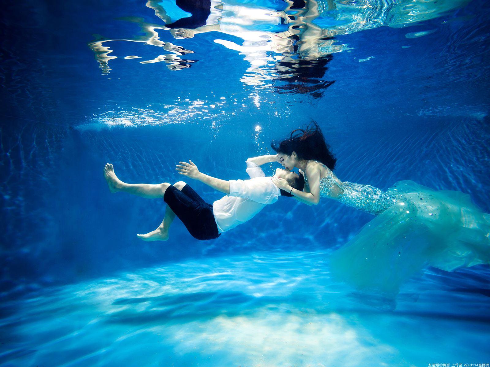 水下婚纱照照片(点击浏览下一张趣图)