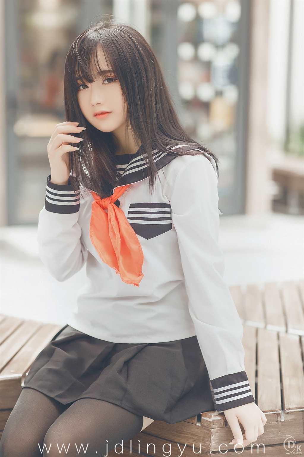 jk制服少女·一百七十一期(点击浏览下一张趣图)