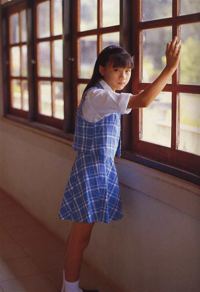 西村理香真实年龄从小受日本人折磨的女孩子(点击浏览下一张趣图)